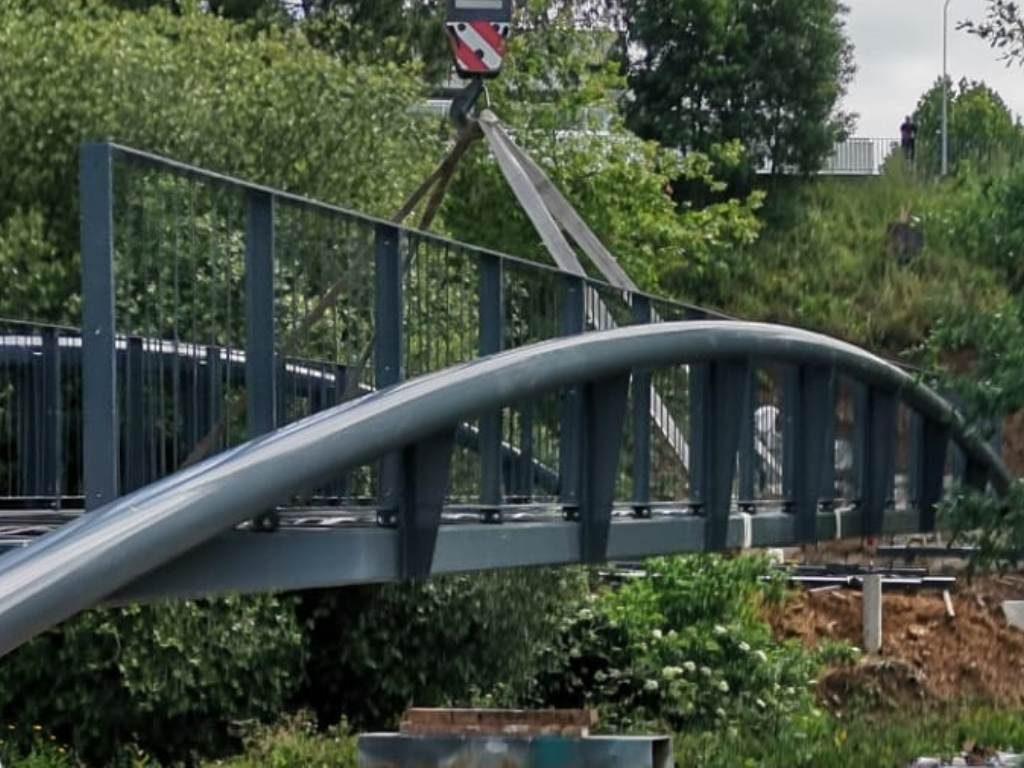 BRIDGES AND VIADES